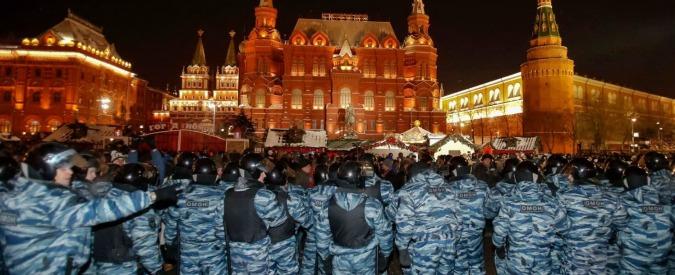 """Mosca, condannato blogger Navalny: proteste e arresti. Usa: """"Inquietante"""""""