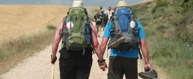 """Cammino di Santiago, taxi e prenotazioni: i 100 km poco spirituali dei """"tourigrinos"""""""