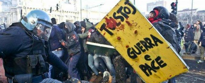 Milano, chiesto processo per quattro antagonisti dopo gli scontri al Pirellone