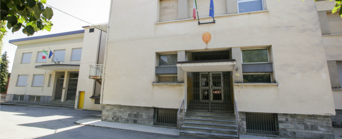 Torino, condannato per pedofilia è assunto come prof alle medie