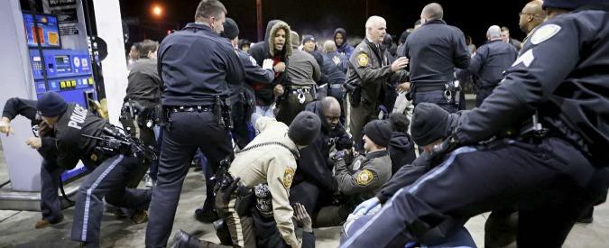 Usa, ragazzo nero di 18 anni ucciso da poliziotto a St. Louis in Missouri