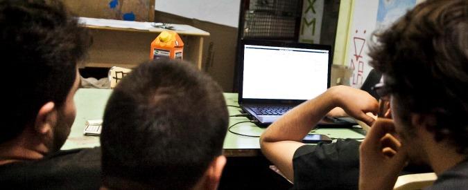 Bologna, studenti hacker alzavano i voti rubando password ai prof: nei guai in 13