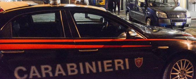 Torino, stanze segrete nel B&B per spiare e filmare i clienti: denunciato il titolare