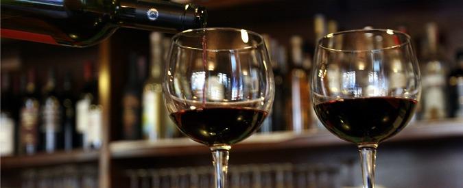 Alimentazione: un bicchiere di vino al giorno…toglie davvero il medico di torno?