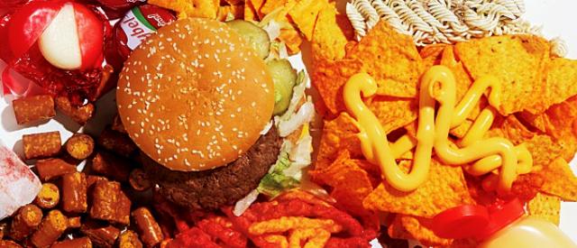 Fast food, nei menù americani le stesse calorie del 1996