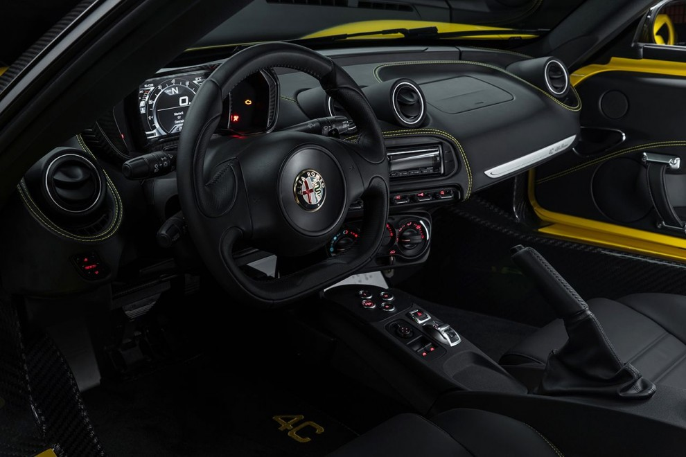 150112_Alfa-Romeo_4C-Spider-US-version_25
