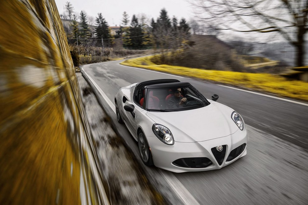 150112_Alfa-Romeo_4C-Spider-US-version_73