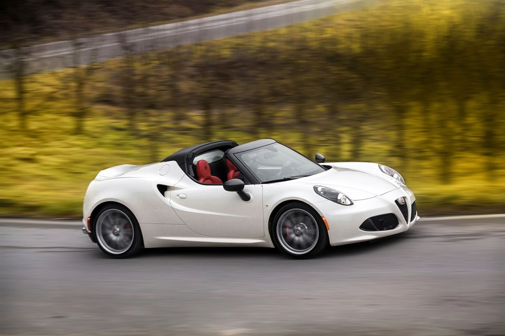 150112_Alfa-Romeo_4C-Spider-US-version_79