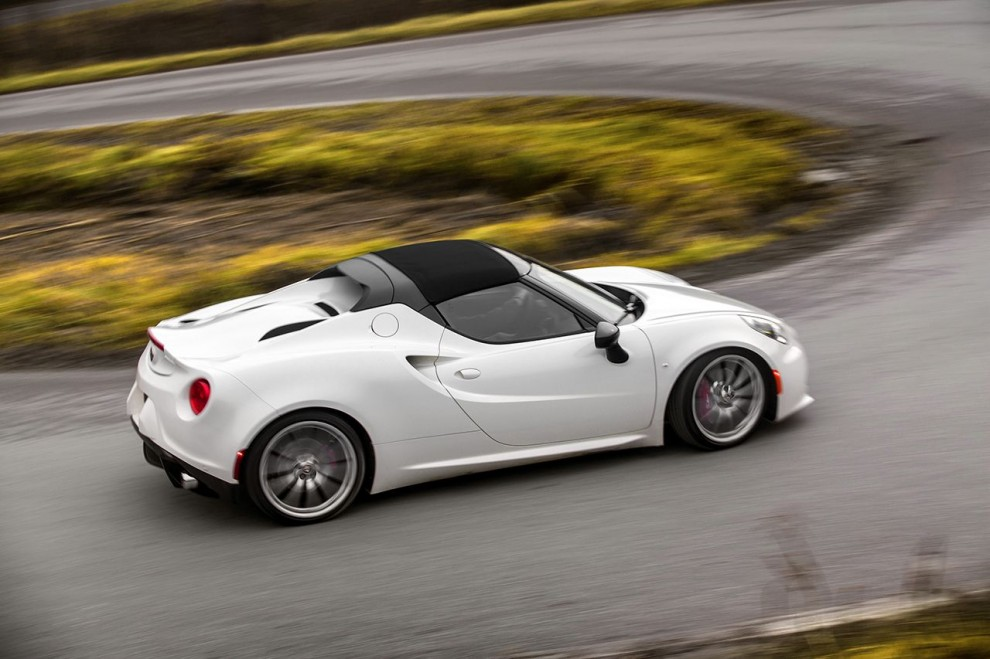 150112_Alfa-Romeo_4C-Spider-US-version_80