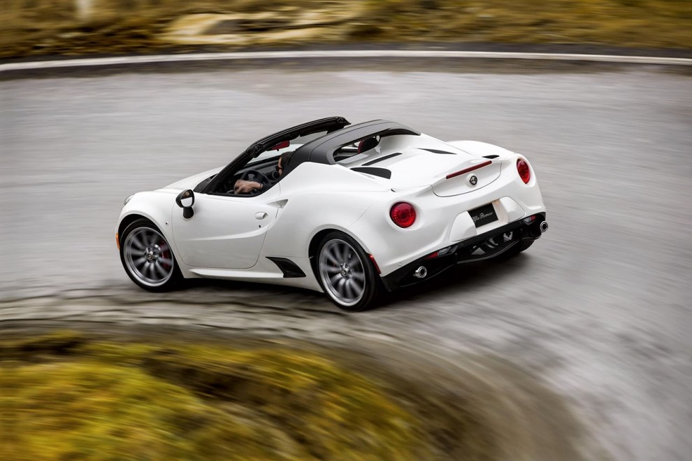 150112_Alfa-Romeo_4C-Spider-US-version_83