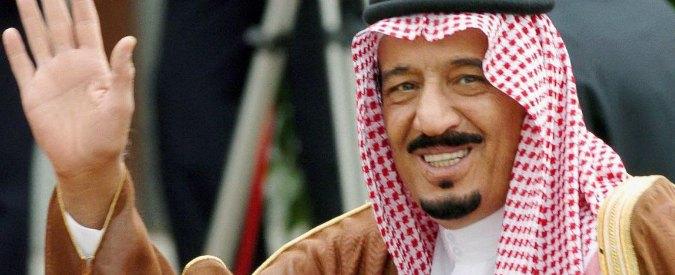 Arabia Saudita, conti in crisi per il crollo del petrolio: Riad taglia salari dei ministri e benefit dei dipendenti pubblici