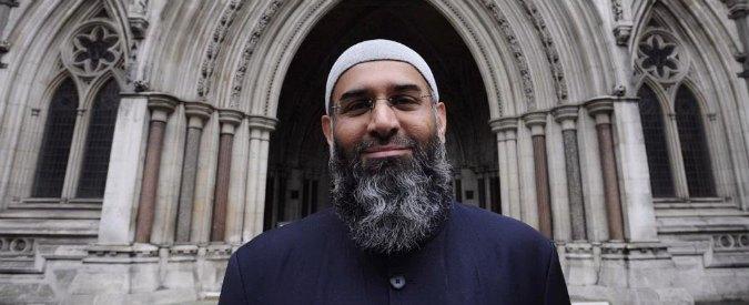 """Terrorismo, imam inglese: """"L'Italia è nel mirino, offese a Islam punite con morte"""""""