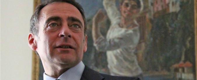 Castellammare di Stabia, crac azienda rifiuti: arrestati manager scelti da Bobbio