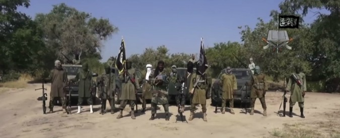 Boko Haram, 800 jihadisti attaccano Fotokol in Camerun: uccisi 90 civili