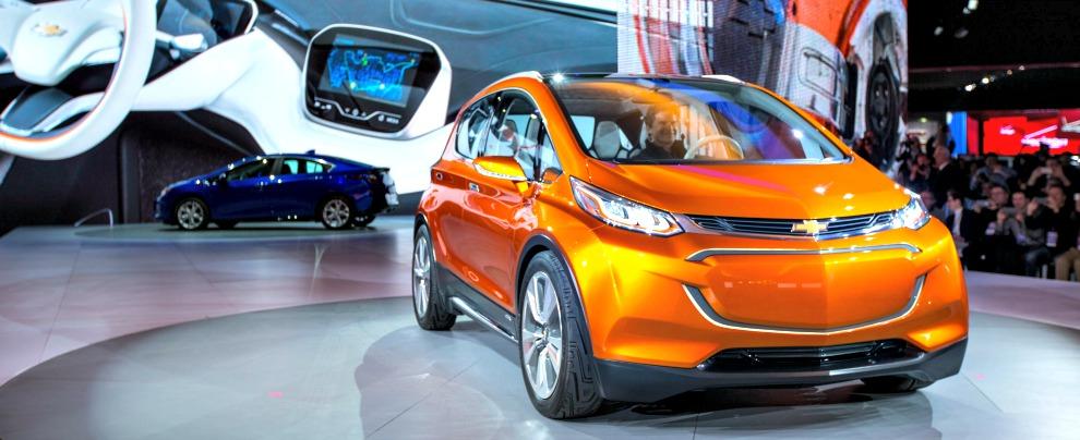 Salone di Detroit 2015, Chevrolet Bolt: l'elettrica 'democratica' di GM – Fotogallery