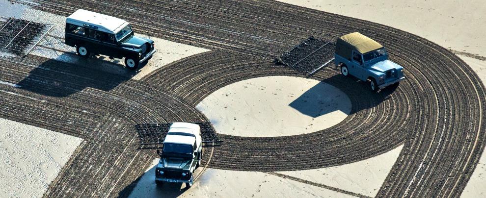 Land Rover Defender, a fine 2015 addio alla regina del fuoristrada – Fotogallery