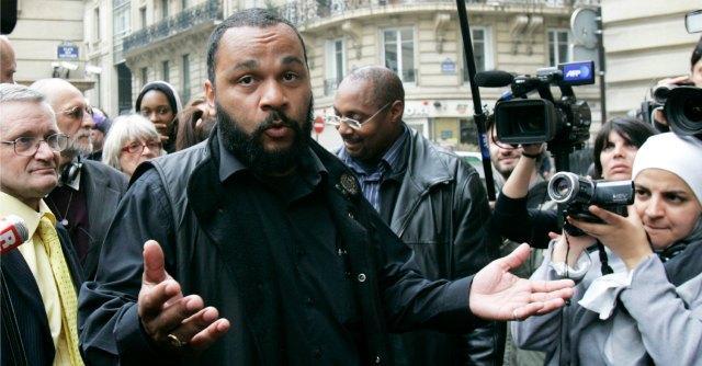 """Charlie Hebdo, """"il comico Dieudonné arrestato per apologia di terrorismo"""""""