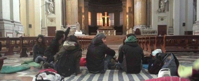 """Bologna, collettivo occupa la Cattedrale dopo sfratto: """"La Curia non ci ascolta"""""""
