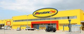 Mercatone Uno fallita, 55 negozi chiusi nella notte. Nessun avviso ai 1.800 lavoratori: lo scoprono dai social