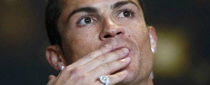 """Cristiano Ronaldo accusato di frode fiscale in Spagna. """"Ha evaso 14 milioni"""""""