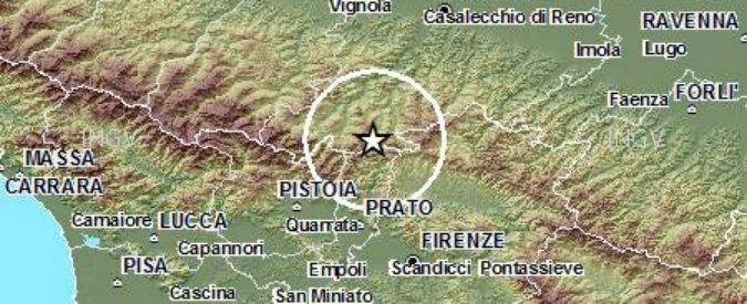 Terremoto tra Bologna e Prato: paura, scuole chiuse e gente in strada