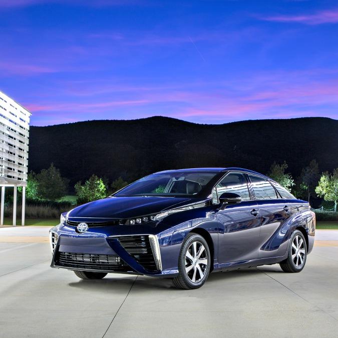 Toyota Mirai a idrogeno, ordini sopra le aspettative. In Giappone, 1.500 al mese