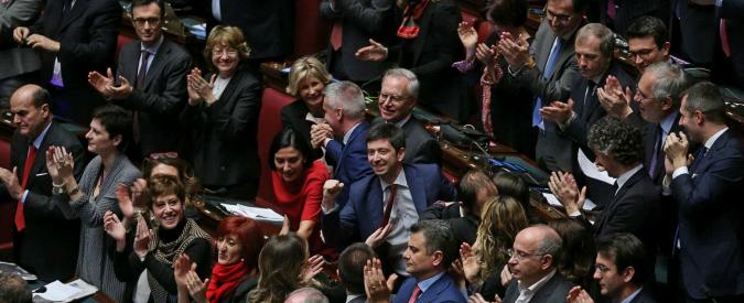 Mattarella Presidente, torna la pace in casa Pd: 'Scurdammoce 'o passato'