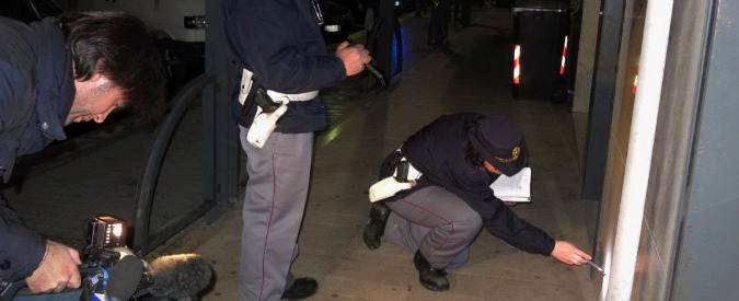 Barletta, due colpi di pistola contro il capogruppo Pd in Consiglio: illeso