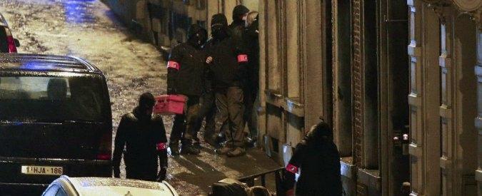 """Belgio, 2 morti in blitz antiterrorismo: """"Preparavano attentati a Bruxelles"""""""