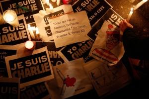 Charlie Hebdo: solidarietà alla Francia da tutto il mondo