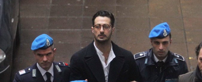 """Fabrizio Corona ai giudici: """"Ho problemi psicologici, datemi un'opportunità"""""""