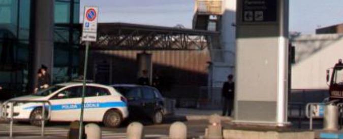 Roma, rilasciato pachistano fermato a Fiumicino con passaporto falso