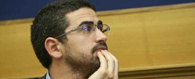 """Vitalizi dei condannati, Fraccaro: """"Laura Boldrini complice delle porcate del Pd"""""""