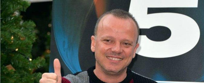 """Gigi D'Alessio sotto attacco dopo la frase sulla Terra dei fuochi: """"Qui si muore"""""""