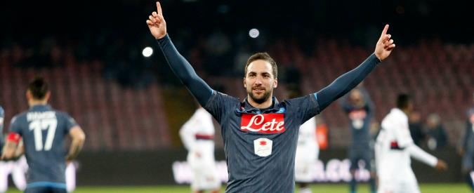 Napoli, Higuain e Andujar aggrediti dai tifosi dopo la sconfitta con la Lazio