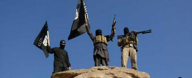 """Isis, la Tunisia: """"Un muro al confine con la Libia per fermare jihadisti"""""""