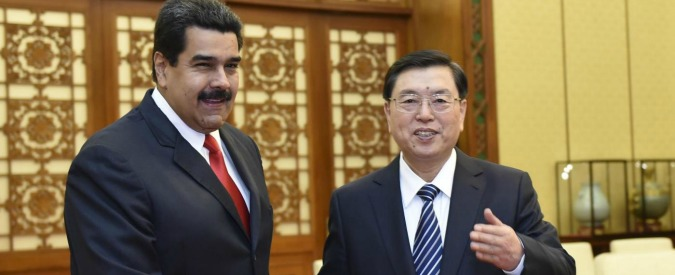 "Venezuela, Maduro: ""Dietro nostra crisi c'è cospirazione"". Cina investe 20 miliardi"