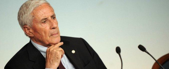 Quirinale, da Berlusconi-Alfano sgambetto a Renzi: idea Casini. O Marini