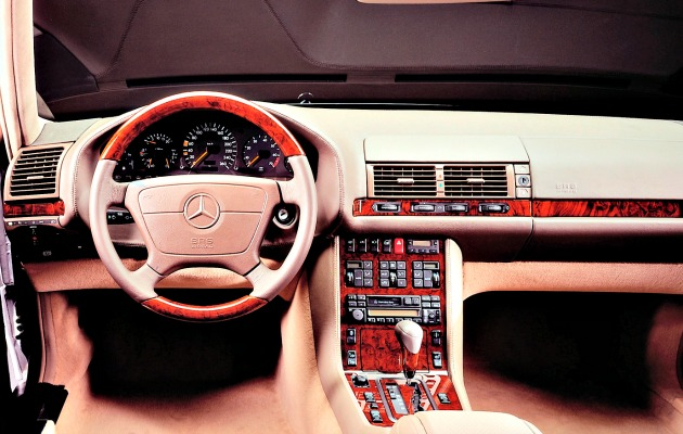 mercedes-benz_s-klasse cruscotto