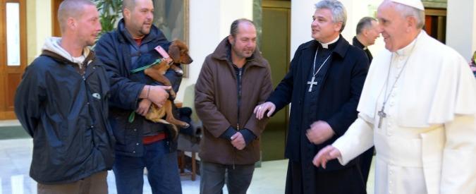 Papa Francesco fa la riffa: in palio una Panda. Incasso in beneficenza ai poveri