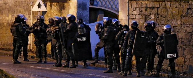 Charlie Hebdo, caccia ai terroristi: ancora nulla di fatto – CRONACA IN DIRETTA