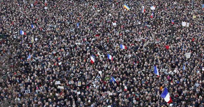 Je suis Charlie: marcia di Parigi, voglio copiare l'impossibile