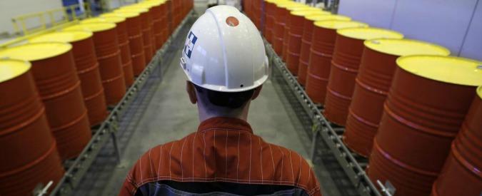 Gazprom, l'ucraina Naftogaz fa causa e chiede 6,2 miliardi. Utili a picco