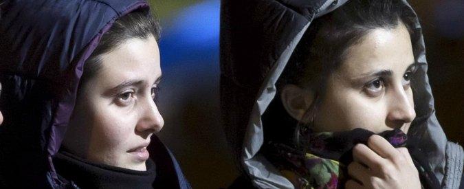 """Greta e Vanessa libere: l'arrivo in Italia. Al-Nusra: """"Nessun riscatto"""""""