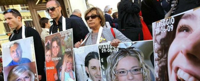 """Strage Viareggio, testimonia Rombi: """"Mia figlia morta dopo 42 giorni di agonia"""""""