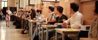 """Alternanza Scuola-lavoro, la denuncia degli studenti: """"Sfruttati per pulire i bagni dei ristoranti e fare volantinaggio"""""""
