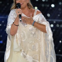 size 40 c882f f120d Sanremo 2015, chi veste gli artisti? Da Salvatore Ferragamo ...