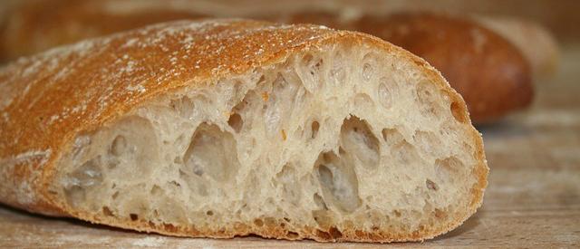 Consumo di pane, Coldiretti: in Italia è al minimo storico