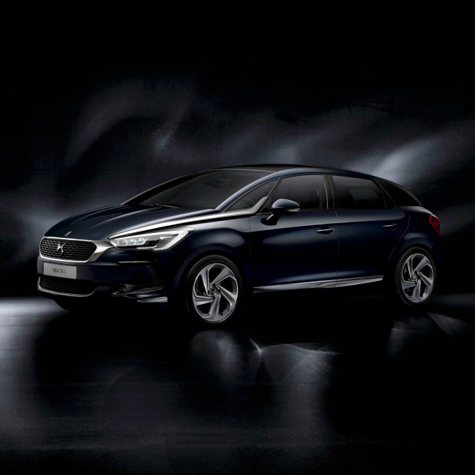 "Citroën DS 5, col restyling sparisce il ""double chevron"""