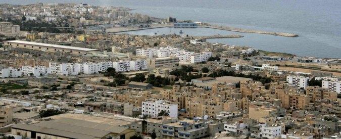 """Libia, ambasciatore Egitto a Londra: """"Rischio barconi di terroristi verso Italia"""""""